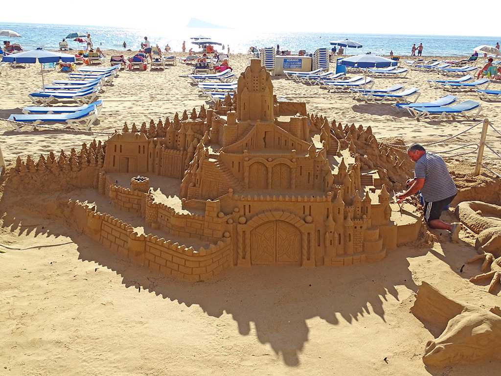 benidorm-sandcastle3